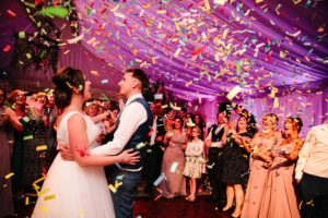 confetti first dance